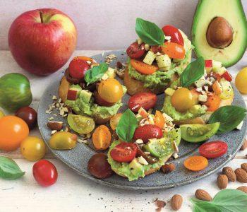 omaten-Avocado-Bruschetta