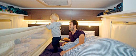 Camping mit Kindern: Bettgitter im Wohnmobil