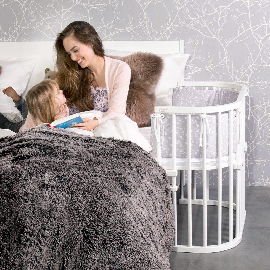 Babyartikel mieten: Babybay mit Mutter und Kind