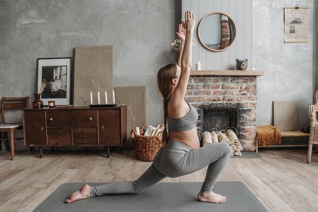 Sport in der Schwangerschaft: Yoga Übung